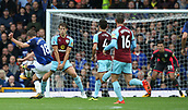 1st October 2017, Goodison Park, Liverpool, England; EPL Premier League Football, Everton versus Burnley; Gylfi Sigurdsson of Everton attempts a curled shot at goal