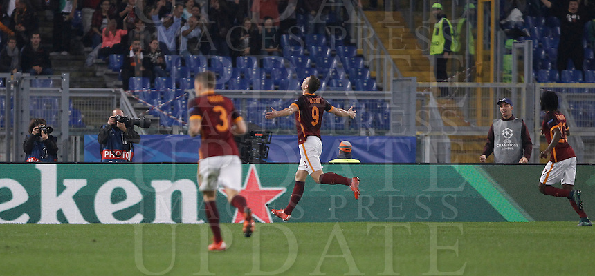 Calcio, Champions League, Gruppo E: Roma vs Bayer Leverkusen. Roma, stadio Olimpico, 4 novembre 2015.<br /> Roma's Edin Dzeko, right, celebrates after scoring during a Champions League, Group E football match between Roma and Bayer Leverkusen, at Rome's Olympic stadium, 4 November 2015.<br /> UPDATE IMAGES PRESS/Isabella Bonotto