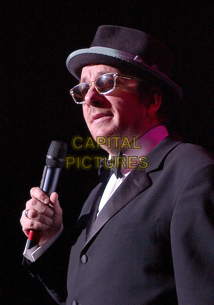 November 5, 2005; Cleveland, OH, USA; Music superstar ELVIS COSTELLO performs at the 10th Annual American Music Masters paying tribute to the late Sam Cooke presented by the Rock and Roll Hall of Fame and Case Western Reserve University held at the State Theatre, Playhouse Square. Mandatory Credit: Photo by Jason Nelson/AdMedia...