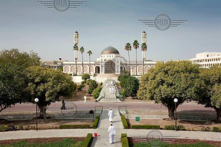 The mosque in the Sultan Qaboos University of Muscat.