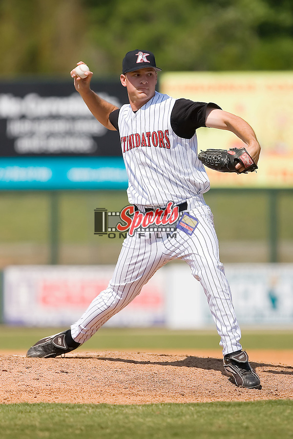 Relief pitcher Adam Bowling (27) of the Kannapolis Intimidators in action versus the Hagerstown Suns at Fieldcrest Cannon Stadium in Kannapolis, NC, Monday May 26, 2008.