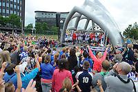VOETBAL: ABE LENSTRA STADION: HEERENVEEN: 05-07-2014, Open dag SC Heerenveen, De selectie tijdens het voorstellen aan het publiek, ©foto Martin de Jong