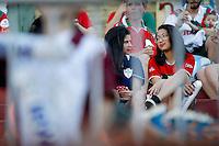 SAO PAULO, SP 15 DE OUTUBRO 2013 - PORTUGUESA X VITORIA - BA - Torcedores do time da Portuguesa aguardam o iício da partida, na tarde de hoje, 20 no Estádio do Canindé. A Portuguesa enfrenta o time do Vitória da Bahia, partida válida pela 30 Rodada do Campeonato Brasileiro.  foto: Paulo Fischer/Brazil Photo Press.