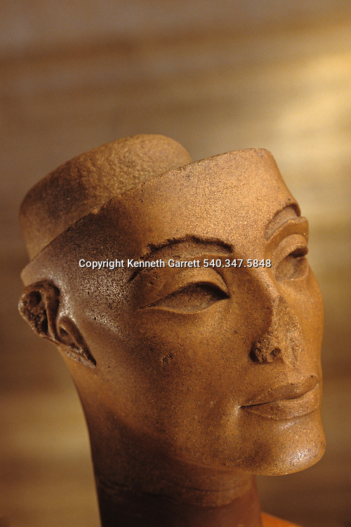 Queen Nefertiti; Wife of Amenhotep IV,Akhenaten,Tutankhamun and the Golden Age of the Pharaohs, Page 48