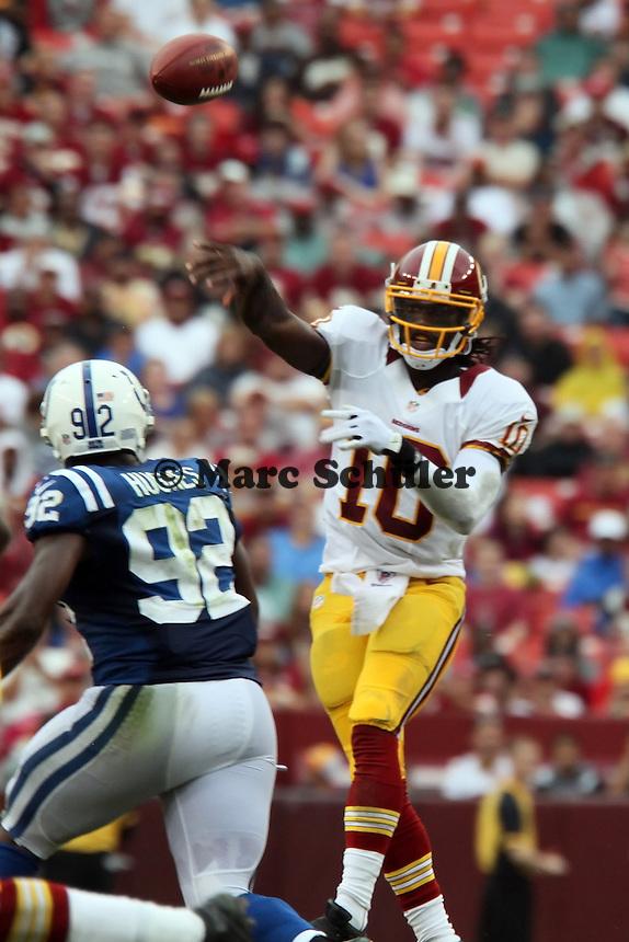 QB Robert Griffin III (Redskins) gegen DE Jerry Hughes (Colts)