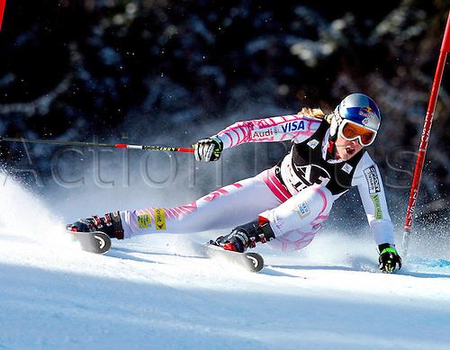 28 12 2009  Ski Alpine FIS WC Lienz RTL women Lienz Austria 28 Dec 09 Ski Alpine FIS World Cup Giant slalom for women Picture shows Lindsey Vonn USA .