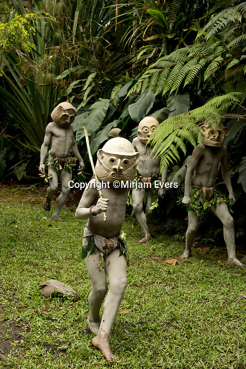Mudmen, Mount Hagen, Papua New Guinea