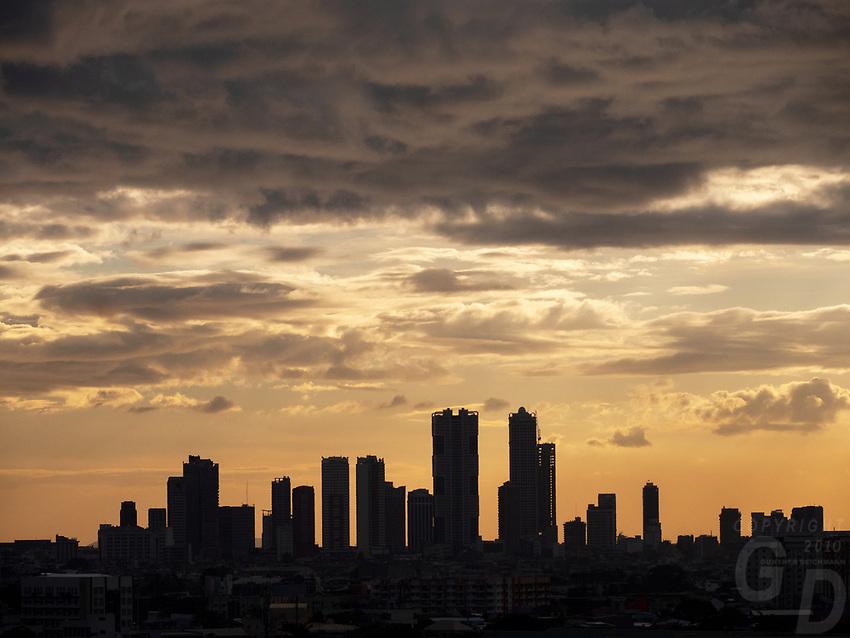 Panoramic Manila Skyline Sunset over Manila,