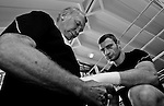 23.08.2011, Stanglwirt, Going, AUT, Vitali Klitschko, Training, im Bild Trainer Fritz Sdunek Taped Vitali Klitschko die Hände // during a trainingssession at Hotel Stanglwirt in Going, Austria on 23/8/2011. EXPA Pictures © 2010, PhotoCredit: EXPA/ J. Groder