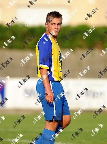 2013-09-14 / Voetbal / seizoen 2013-2014 / Verbroedering Arendonk / Sten Janssen<br /><br />Foto: Mpics.be