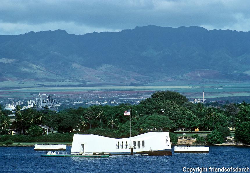 Honolulu: Arizona Memorial. Photo '82.