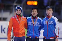 SHORTTRACK: DORDRECHT: Sportboulevard Dordrecht, 24-01-2015, ISU EK Shorttrack Podium 500m Men, Sjinkie KNEGT (NED), Victor AN (RUS), Semen ELISTRATOV (RUS), ©foto Martin de Jong