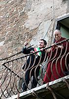 Il Dalai Lama arriva in Campidglio, Roma, 9 febbraio 2009, accolto dal Sindaco Gianni Alemanno, sinistra, per ricevere la cittadinanza onoraria..Tibetan spiritual leader Dalai Lama is welcomed by Rome's Mayor Gianni Alemanno, left, as he arrives at the Rome's Campidoglio, 9 february 2009, to be made honorary citizen..UPDATE IMAGES PRESS/Riccardo De Luca