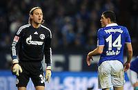 FUSSBALL   1. BUNDESLIGA   SAISON 2011/2012   22. SPIELTAG FC Schalke 04 - VfL Wolfsburg         19.02.2012 Timo Hildebrand und Kyriakos Papadopoulos (v.l., beide FC Schalke 04)