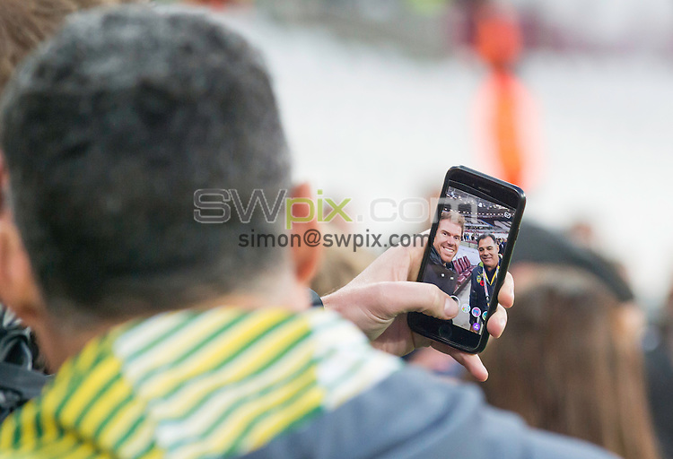 Picture by Allan McKenzie/SWpix.com - 13/11/2016 - Rugby League - 2016 Ladbrokes Four Nations - England v Australia - The Olympic Stadium, London, England - The brief, Mal Meninga stops for a photo with a fan.