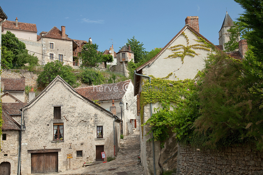 France, Vienne (86), Angles-sur-l'Anglin, labellisé Les Plus Beaux Villages de.France // France, Vienne, Angles-sur-l'Anglin, labelled Les Plus Beaux Villages de France (The most beautiful villages of France)