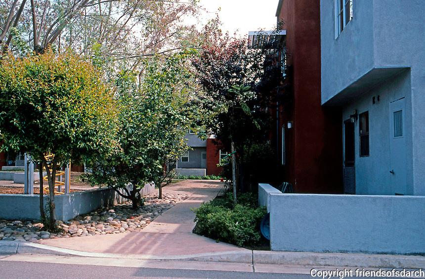 Davids-Killory: Daybreak Grove, 1256 E. Washington, Escondido 1993. Made Time 1994 Ten Top Designs. (Photo '04)