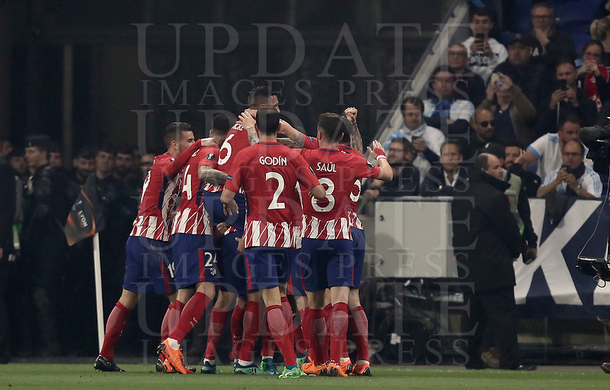 Club Atletico de Madrid's players celebrate Antoine Griezmann, not seen, after he scored his first goal during the UEFA Europa League final football match between Olympique de Marseille and Club Atletico de Madrid at the Groupama Stadium in Decines-Charpieu, near Lyon, France, May 16, 2018.<br /> UPDATE IMAGES PRESS/Isabella Bonotto