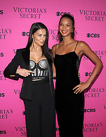 NEW YORK, NY - NOVEMBER 28: Adriana Lima and Lais Ribeiro at the 2017 Victoria's Secret Fashion Show Viewing Party at Spring Studios in New York November 28, 2017. Credit: John Palmer/MediaPunch /NortePhoto.com NORTEPOTOMEXICO