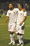 ENVIGADO – COLOMBIA _ 26-02-2014 / En compromiso correspondiente a la octava jornada del Torneo Apertura Colombiano 2014, Envigado FC venció 2 – 1  a Once Caldas en el Polideportivo Sur de Envigado. / Óscar Rodas (izq) y Jonathan Álvarez (der) celebran uno de los tantos de Envigado FC.