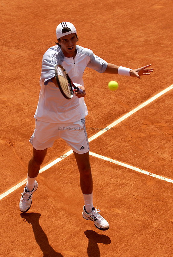 Photo. Jed Wee..French Open Tennis Championships, Rolland Garros, Paris, France. 26/05/2003..Juan Ignacio Chela.