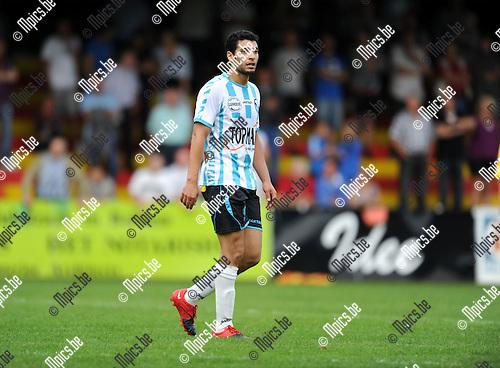 2011-08-17 / Voetbal / seizoen 2011-2012 / Bornem SV - Verbroedering Geel-Meerhout / Issame Charai..Foto: mpics