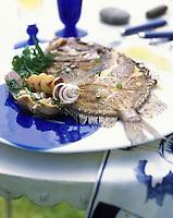 """Europe/France/Bretagne/29/Finistère/Carantec : Saint-Pierre rôti au four aux conques et artichauds - Recette de Patrick Jeffroy du restuarant de """"l'hôtel de Carantec"""""""