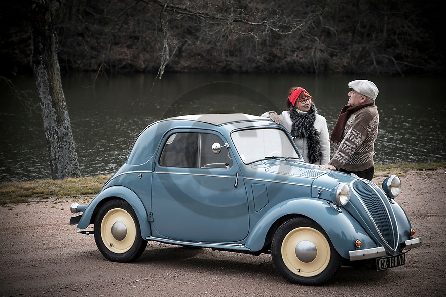 4/02/19 - LA PACAUDIERE - LOIRE - FRANCE - Essais SIMCA 5 Decouvrable de 1939 - Photo Jerome CHABANNE