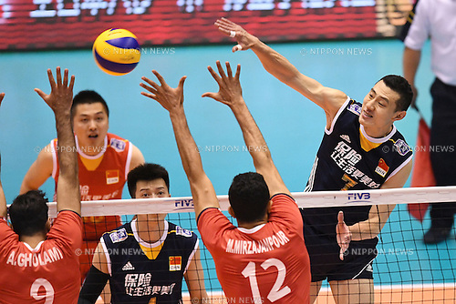 Zhong Weijun (CHN), <br /> JUNE 2, 2016 - Volleyball :<br /> Men's Volleyball World Final Qualification for the Rio de Janeiro Olympics 2016<br /> match between Iran 3-2 China<br /> at Tokyo Metropolitan Gymnasium, Tokyo, Japan.<br /> (Photo by AFLO SPORT)