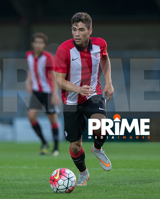 Julen Arellano of Athletic Club Bilbao in action during the U21 Premier League International Cup match between Borussia Moenchengladbach and Athletic Club Bilbao at Adams Park, High Wycombe, England on 9 September 2015. Photo by Andy Rowland.