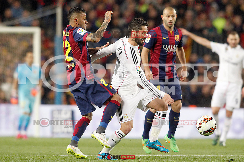 FC Barcelona's Daniel Alves (l) and Javier Mascherano (r) and Real Madrid's Isco during La Liga match.March 22,2015. (ALTERPHOTOS/Acero) /NORTEphoto.com