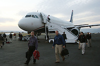 10 November 2007: Bob Murphy arrives for his last plane trip during Stanford's 33-17 loss to Washington State in Pullman, WA.