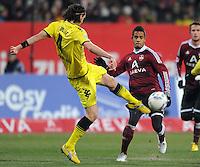 FUSSBALL   1. BUNDESLIGA  SAISON 2011/2012   20. Spieltag 1. FC Nuernberg - Borussia Dortmund         03.02.2012 Neven Subotic (li, Borussia Dortmund)gegen Daniel Didavi  (1 FC Nuernberg)