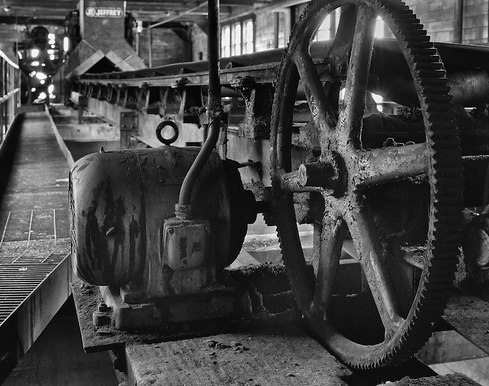 The motor and gear that runs the conveyor belt at a coal power plant