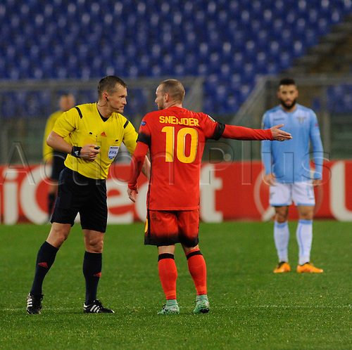 25.02.2016. Stadio Olimpico, Rome, Italy. Uefa Europa League, Return leg of SS Lazio versus Galatasaray. Wesley Sneijder argues a point with the referee