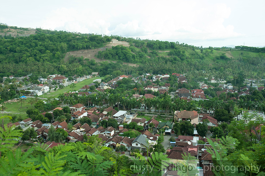 """Elevated view (courtesy of Yujiro's """"short"""" cut) of our neighbourhood."""