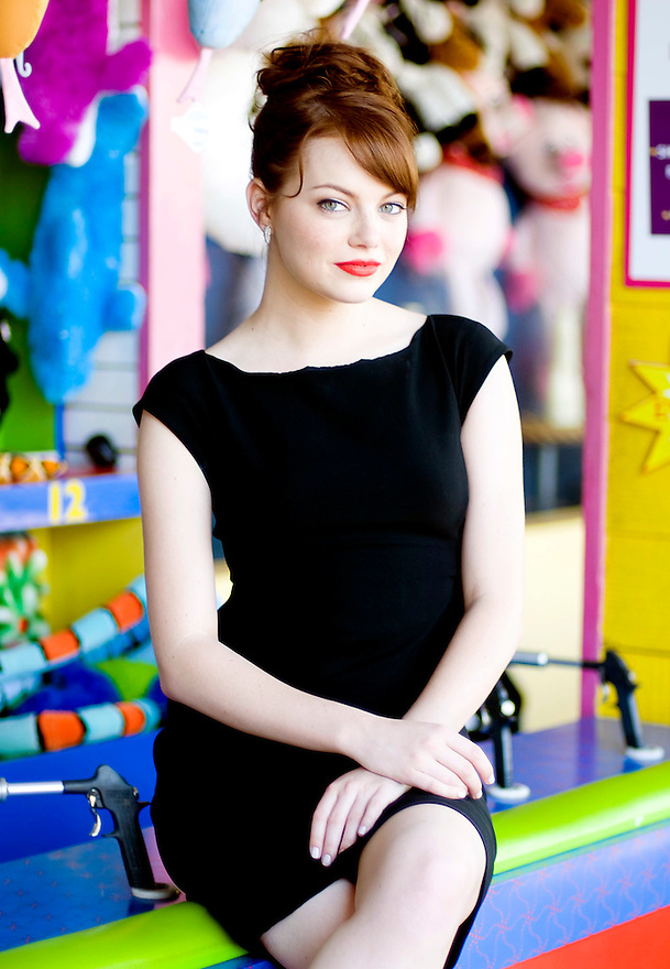 "Emma Stone, one of the stars of the comic horror film ""Zombieland,"" poses for a photo at the Santa Monica Pier in Santa Monica, Calif., on Thursday, Sep. 24, 2009...///ADDITIONAL INFO:   emma.1001  - Photo by Carlos Delgado  /  For the Orange County Register."