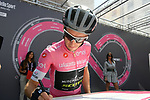 Race leader Maglia Rosa Simon Yates (GBR) Mitchelton-Scott  at sign on before the start of Stage 14 of the 2018 Giro d'Italia, running 186km from San Vito al Tagliamento to Monte Zoncolan features Europe's hardest climb, Italy. 19th May 2018.<br /> Picture: LaPresse/Gian Mattia D'Alberto | Cyclefile<br /> <br /> <br /> All photos usage must carry mandatory copyright credit (&copy; Cyclefile | LaPresse/Gian Mattia D'Alberto)