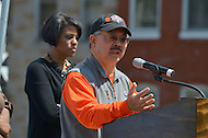 April 26, 2013  (Baltimore, Maryland)  San Francisco Mayor Edwin M. Lee during a community service visit to Baltimore, MD after Mayor Stephanie Rawling-Blake (l) won a Super Bowl bet between the two cities.  (Photo by Don Baxter/Media Images International)