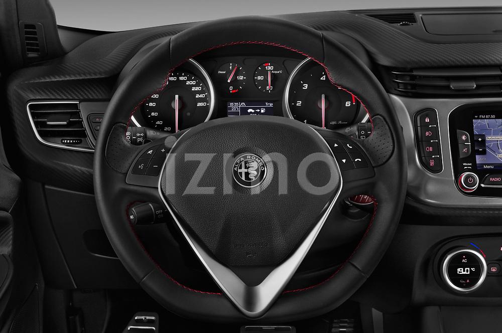 Car pictures of steering wheel view of a 2016 Alfaromeo Giulietta Super 5 Door Hatchback Steering Wheel