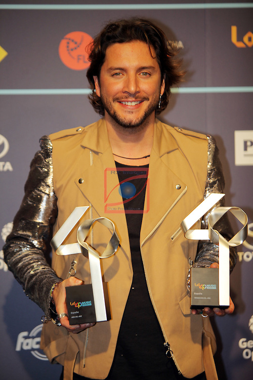 Los 40 MUSIC Awards 2016 - Photocall.<br /> Manuel Carrasco.