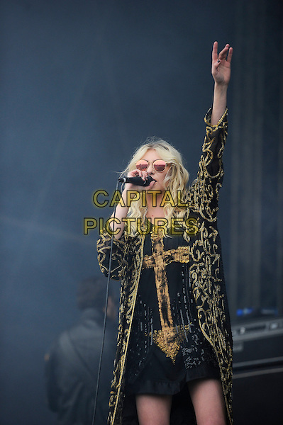 LEICESTERSHIRE, ENGLAND - JUN 15: Taylor Momsen of The Pretty Reckless  performing at Download Festival, Donington Park on June 15th 2014 in Leicestershire, England<br /> CAP/MAR<br /> &copy; Martin Harris/Capital Pictures