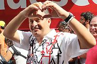 RECIFE, PE, 01.03.2014 - CARNAVAL PE / GALO DA MADRUGADA - Eduardo Campos governador de Pernambuco durante café da manha e e concentração do Galo da Madrugada, maior bloco de carnaval do mundo no centro de Recife neste sabado (Foto: Vanessa Carvalho/ Brazil Photo Press).