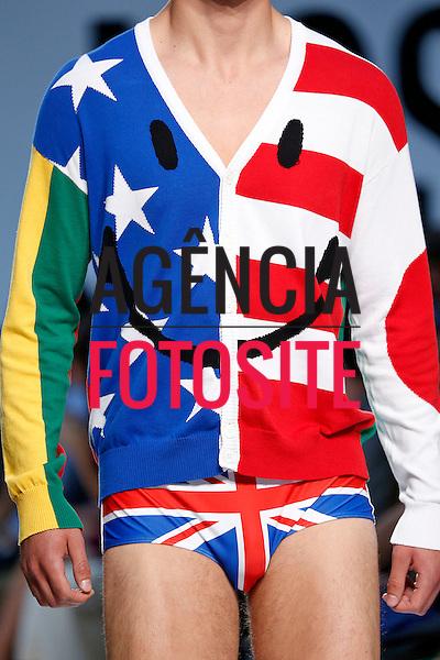 Londres, Inglaterra &ndash; 06/2014 - Desfile de Moschino durante a Semana de moda masculina de Londres - Verao 2015. <br /> Foto: FOTOSITE