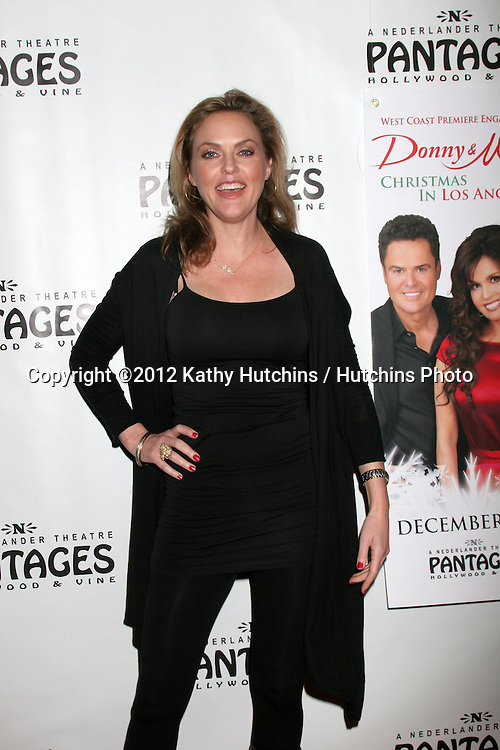 """LOS ANGELES - DEC 4:  Elaine Hendrix arrives to """"Donny & Marie - Christmas in Los Angeles"""" Opening Night at Pantages Theater on December 4, 2012 in Los Angeles, CA"""