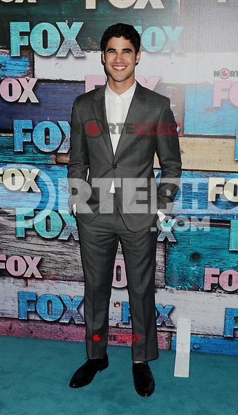 WEST HOLLYWOOD, CA - JULY 23: Darren Criss arrives at the FOX All-Star Party on July 23, 2012 in West Hollywood, California. / NortePhoto.com<br /> <br /> **CREDITO*OBLIGATORIO** *No*Venta*A*Terceros*<br /> *No*Sale*So*third* ***No*Se*Permite*Hacer Archivo***No*Sale*So*third*©Imagenes*con derechos*de*autor©todos*reservados*. /eyeprime