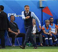 20190702 - LYON , FRANCE : English head coach Philip Neville  pictured during the female soccer game between England  - the Lionesses - and The United States of America  – USA - , a knock out game in the semi finals of the FIFA Women's  World Championship in France 2019, Tuesday 2 nd July 2019 at the Stade de Lyon  Stadium in Lyon  , France .  PHOTO SPORTPIX.BE | DAVID CATRY