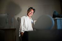 Lo scultore Oliviero Rainaldi fotografato nel suo studio di Roma.