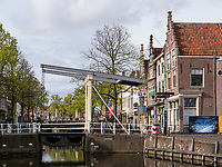 Gracht in Alkmaar, Provinz Nordholland, Niederlande<br /> Gracht in Alkmaar, Province North Holland, Netherlands