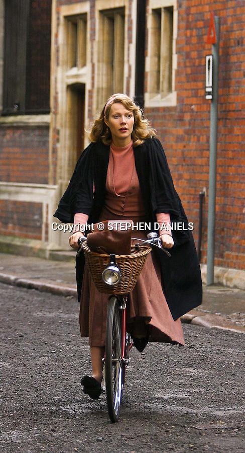 PHOTO BY &copy; STEPHEN DANIELS<br /> GWYNETH PLATROW FILMING IN CAMBRIDGE